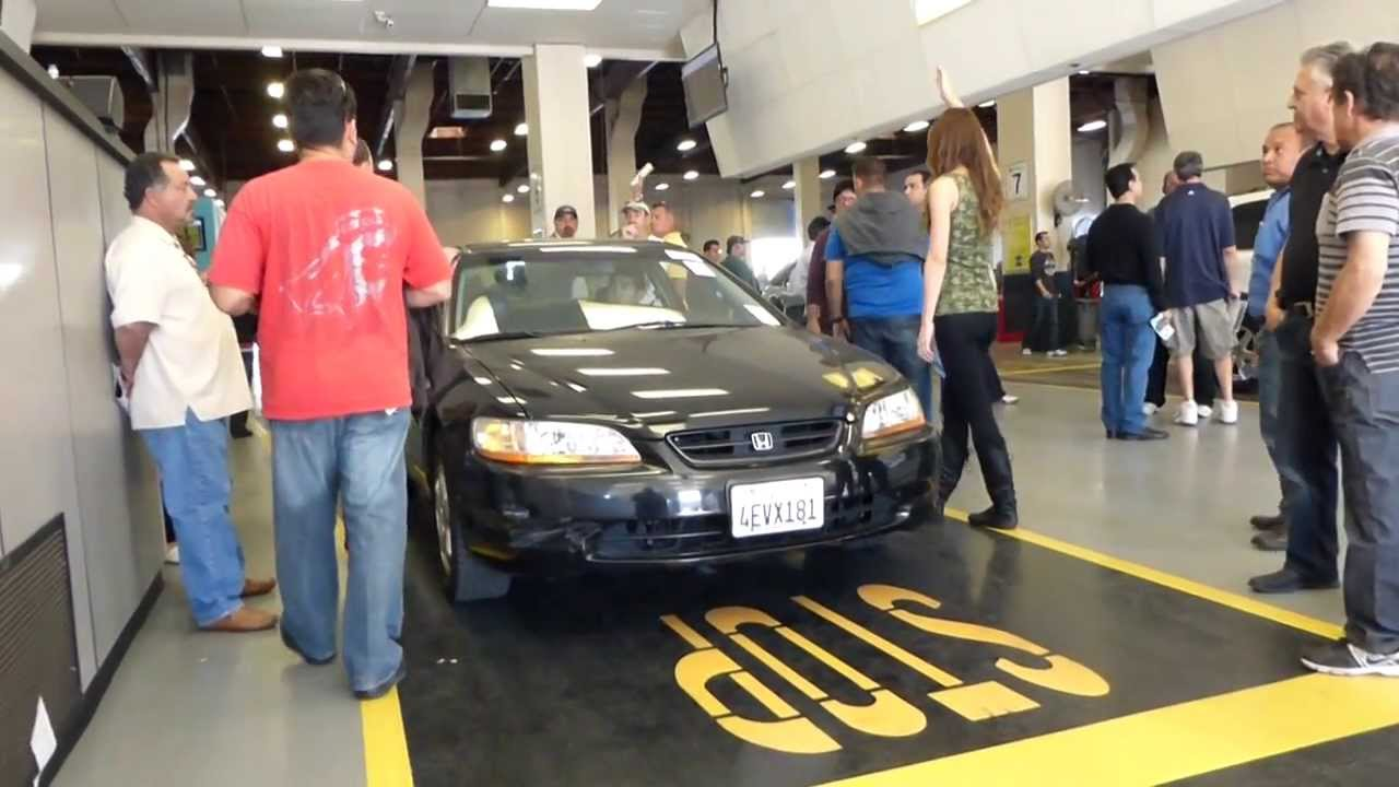 Vehicle Dealer Auctions – Ways of Help You Save Money